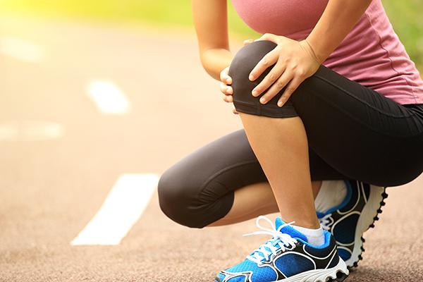じっくり続けることが実感への近道。すぐにはじめられる関節痛の改善策をご紹介!
